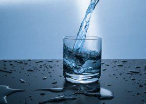 smirdantis vanduo